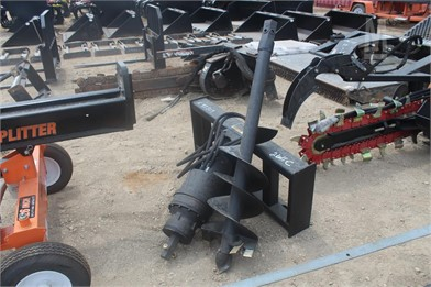 UNUSED AUGER ATTACHMENT FITS SKID STEER   Other Auction