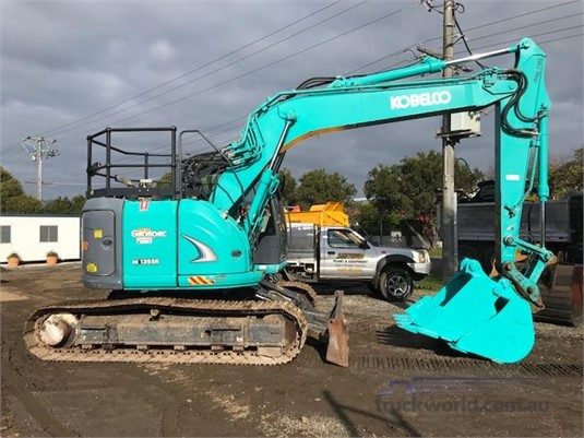2013 Kobelco SK135SR-2 - Truckworld.com.au - Heavy Machinery for Sale