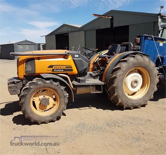 Renault Fructus 140 Tractors