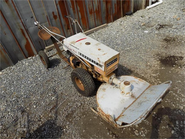 GRAVELY COMMERCIAL 10A For Sale In Seven Valleys, Pennsylvania