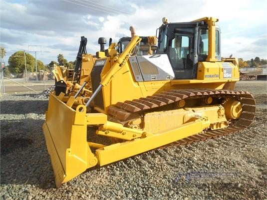 2005 Komatsu D65PX-15 LGP Heavy Machinery for Sale