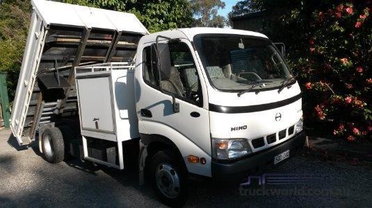 2004 Hino Dutro 5500 - Truckworld.com.au - Trucks for Sale