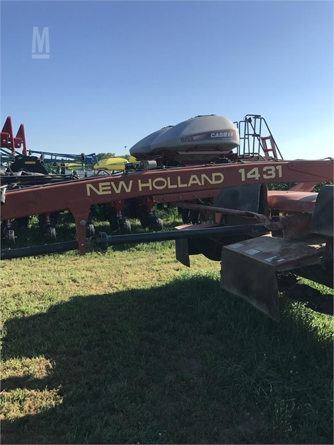 MarketBook co tz | 2000 NEW HOLLAND 1431 Auction Results