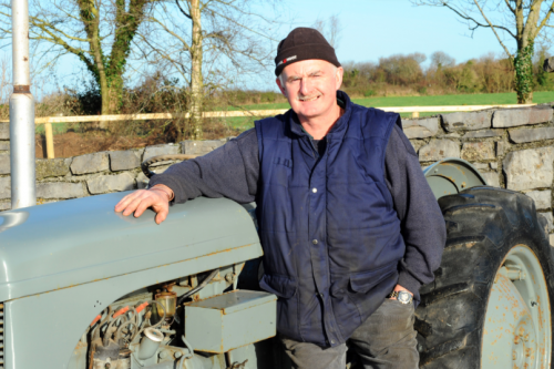 Charity Auction Of Tractor In Aid Of Flood Victims   Farm