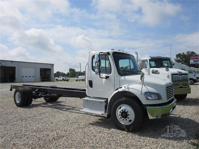2019 FREIGHTLINER BUSINESS CLASS M2 106 For Sale In Raleigh