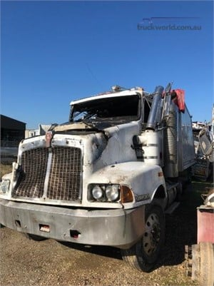 2003 Kenworth T401 - Wrecking for Sale