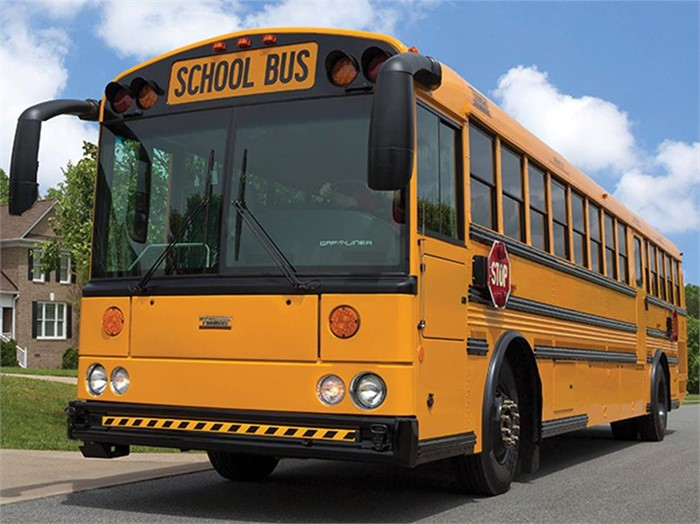 Thomas Built Buses >> Thomas Built Buses Reveals New Saf T Liner Hdx School Bus