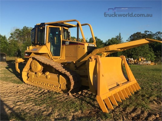 2006 Caterpillar D6N XL Heavy Machinery for Sale