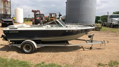 FOUR WINNS Boats Auction Results - 3 Listings | AuctionTime