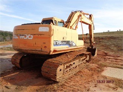 DOOSAN DAEWOO Crawler Excavators For Sale - 12 Listings