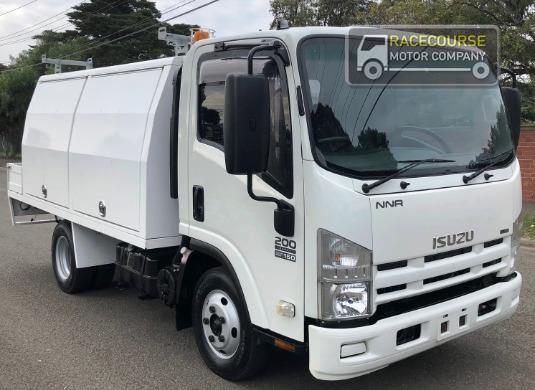 2009 Isuzu NNR 200 Racecourse Motor Company - Trucks for Sale