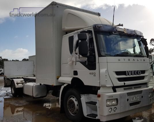 2010 Iveco Stralis AT13 - Wrecking for Sale