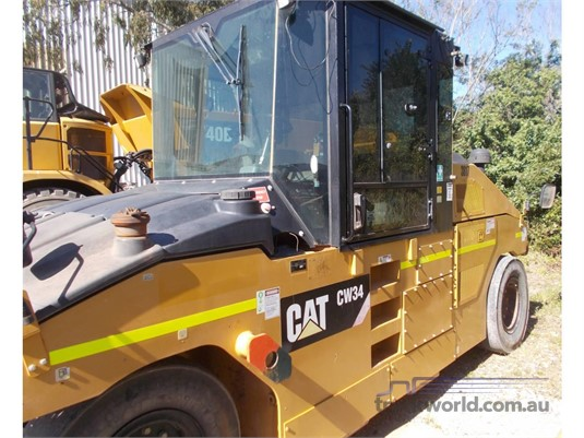 2013 Caterpillar CW34 Heavy Machinery for Sale
