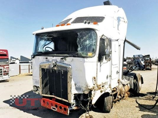 1999 Kenworth K104 Universal Truck Wreckers - Wrecking for Sale