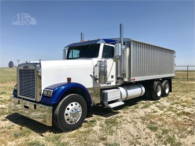 FREIGHTLINER FLD132 CLASSIC XL Conventional Day Cab Trucks