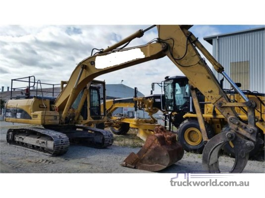 2006 Caterpillar 324D Heavy Machinery for Sale