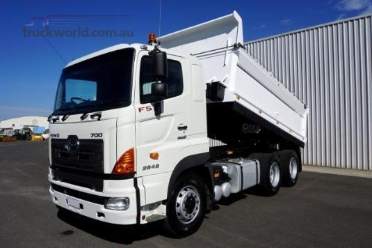 2011 Hino 700 Series 2848 FS - Trucks for Sale