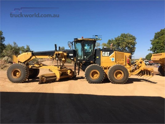 2010 Caterpillar 16M - Truckworld.com.au - Heavy Machinery for Sale