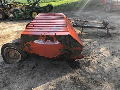 NEW IDEA Mower Conditioners/Windrowers Auction Results - 10