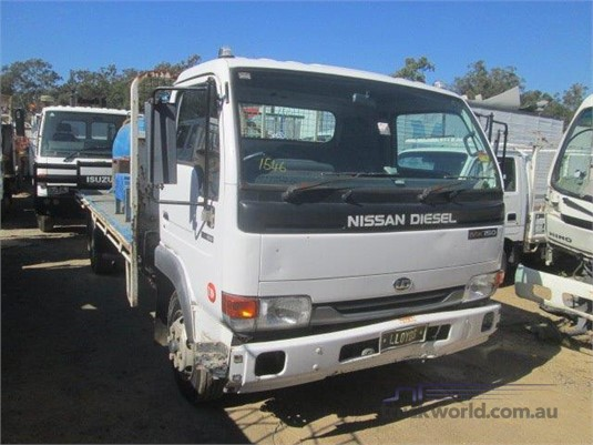 2002 UD MK150 - Wrecking for Sale
