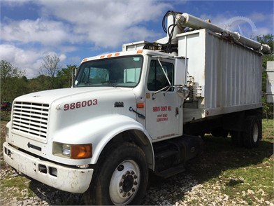 INTERNATIONAL 4900 Heavy Duty Trucks Online Auction Results - 131
