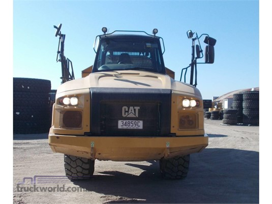 2015 Caterpillar 730C - Heavy Machinery for Sale
