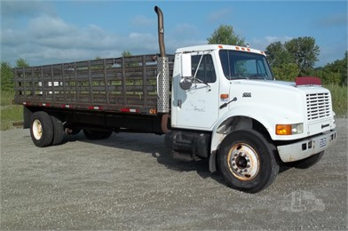 International Stake Trucks For Sale 41 Listings Truckpaper Com Page 1 Of 2