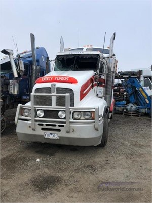1999 Kenworth T604 - Wrecking for Sale