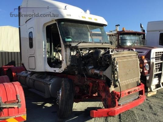 2013 Freightliner C112 - Wrecking for Sale