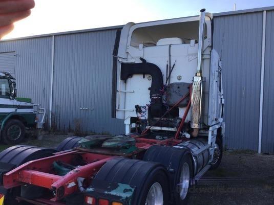 2006 Freightliner Argosy 101 - Truckworld.com.au - Wrecking for Sale