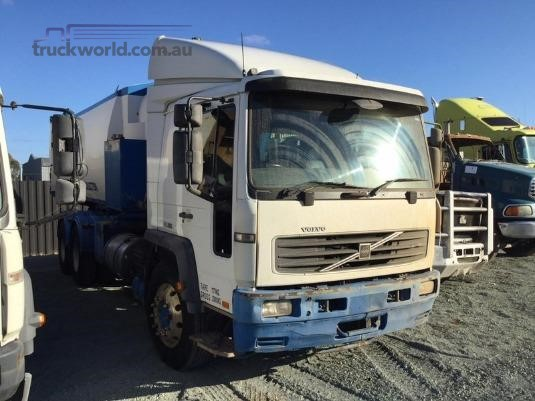 2003 Volvo FL250 - Wrecking for Sale