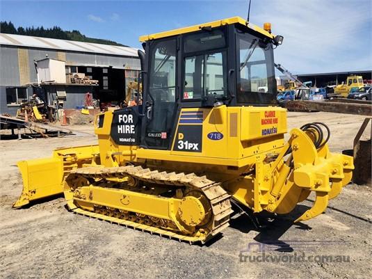 2010 Komatsu D31PX-21 - Heavy Machinery for Sale