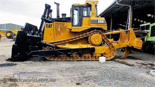 2000 Caterpillar D9R Heavy Machinery for Sale