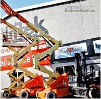 0 Jlg E400A - Heavy Machinery for Sale