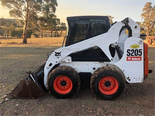 2009 Bobcat S205 - Heavy Machinery for Sale