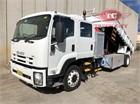 2008 Isuzu FTR 900 Long Crane Truck