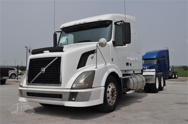 2009 Volvo Vnl64t630 For Sale In Omaha Nebraska Truckpaper Com