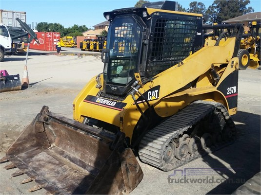 2004 Caterpillar 257B - Heavy Machinery for Sale
