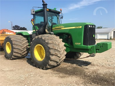 JOHN DEERE 9520 Online Auction Results - 17 Listings