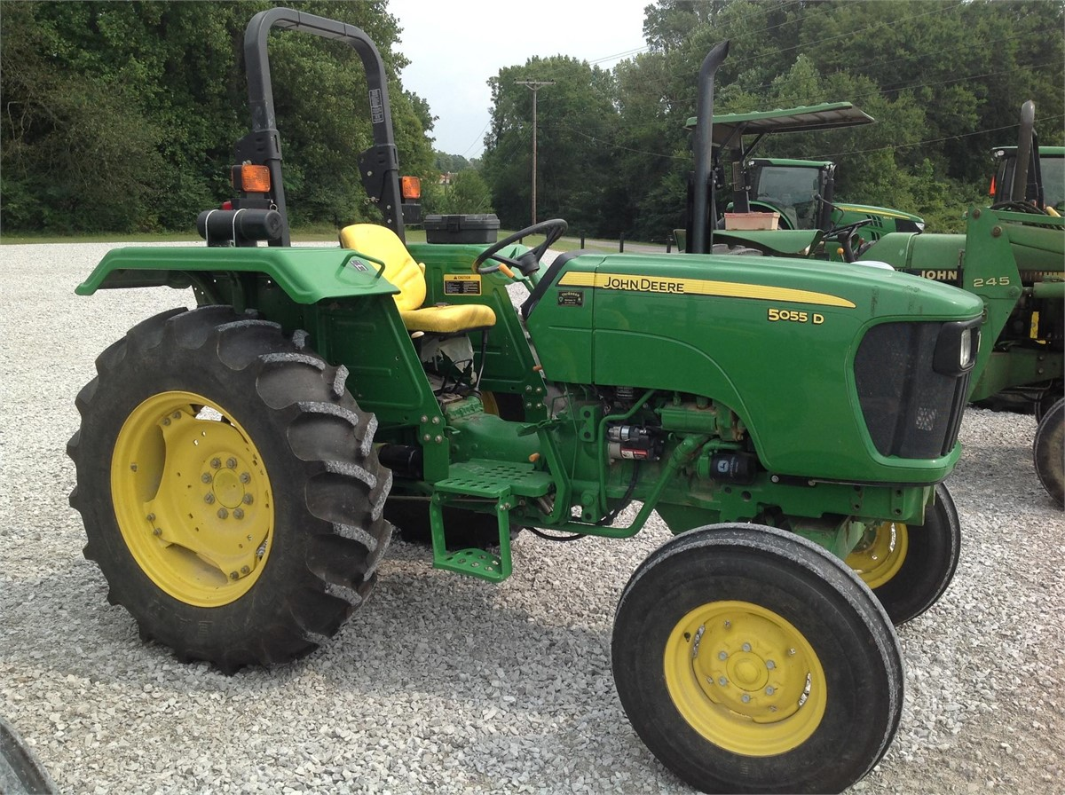 2011 JOHN DEERE 5055D For Sale In MANCHESTER, Tennessee | MarketBook.co.tz