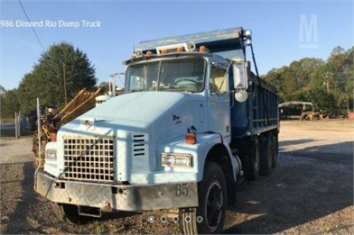 DIAMOND REO Dump Trucks For Sale - 3 Listings | MarketBook