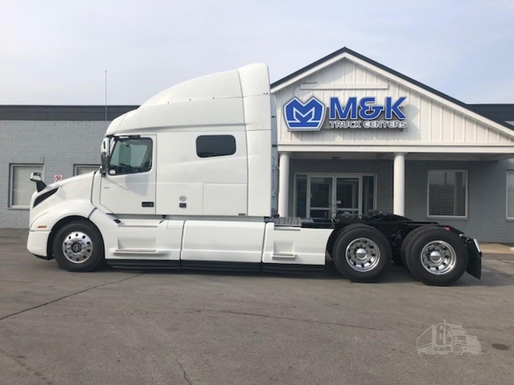 2019 VOLVO VNL64T740 For Sale In Alsip, Illinois | TruckPaper.com
