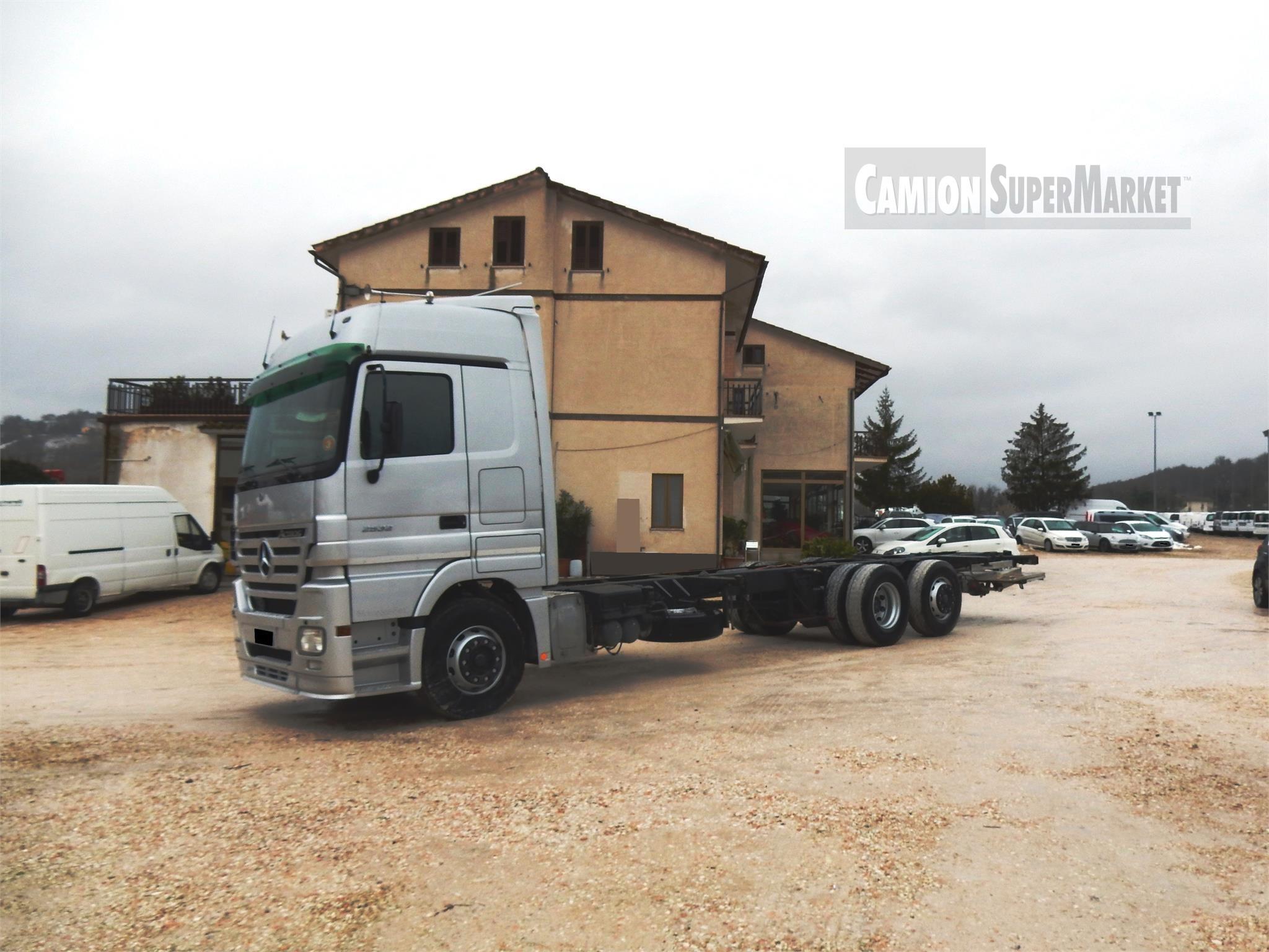 Mercedes-Benz ACTROS 2532
