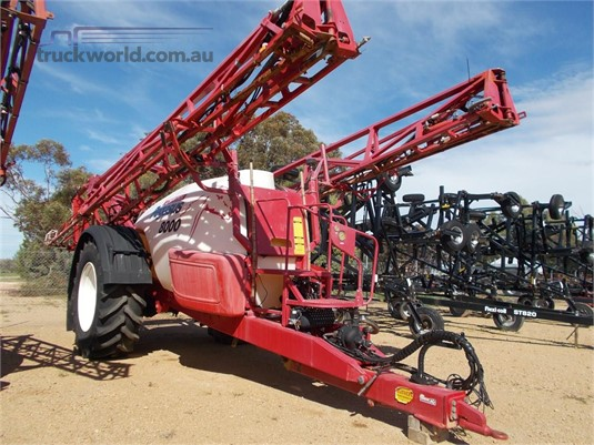 2013 Croplands Pegasus 8000 Farm Machinery for Sale