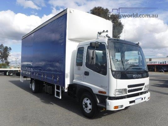 2006 Isuzu FRR 500 Raytone Trucks - Trucks for Sale