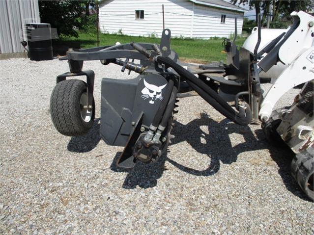 Power Rake For Sale >> 2015 Bobcat 48 Mini Power Rake Rake Trash For Sale In Effingham Illinois