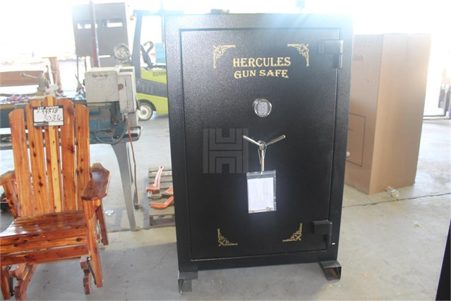 Lot # 3038 - HERCULES FIRE PROOF GUN SAFE