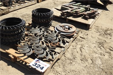 3) Pallets Ring Roller & Bed Shaper Parts Other Auction Results - 1