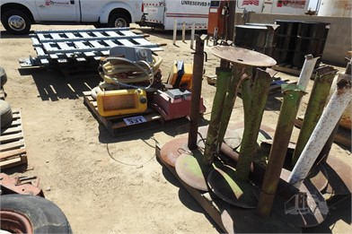 3) PALLETS SIDE RACKS & STANDS Other Auction Results - 1