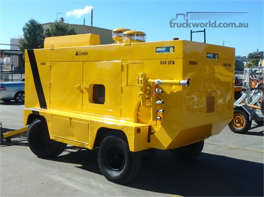 0 Caterpillar 600 CFM Heavy Machinery for Sale